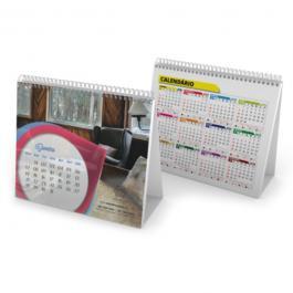 Calendário de Mesa com Wire-o Papel Couchê 150g 15x12,5cm Frente e Verso Sem Verniz Wire-o 12 páginas